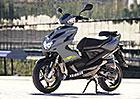 Yamaha Aerox 4 je praktický společník s vizáží supersportu