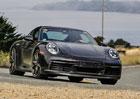 Nové Porsche 911 odhaluje detaily. Víme, kdy se představí a jak to bude s hybridem!