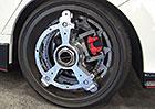 Elektrický pohon od Orbis Wheels udělá z každého auta čtyřkolku. A zlepší akceleraci