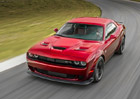 Retro design stále táhne, Dodge Challenger jde na dračku. I po deseti letech