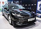 Toyota Camry má český ceník. S hybridem vyráží do boje proti Superbu či Passatu
