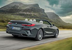 BMW 8 Cabrio odhaluje české ceny. Proti kupé si za něj připlatíte tučnou sumu!