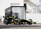 Renault Master si poradí i s přepravou monopostu F1