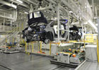 Výroba aut v Česku stoupla na rekordních 1,196 milionu vozů