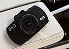 Autokamera Niceboy PILOT Q8: Malý pomocník hlídá i šetří