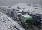 Návrh na zákaz jízdy kamionů v levém pruhu dálnic je ve Sněmovně