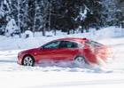 Vyzkoušeli jsme Opel Insignia 4x4 na ledovém polygonu! Jak funguje Twinster?