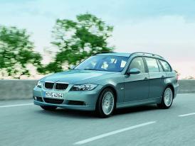 BMW – Z4 coupé koncept , X3 hybrid, nové motory pro 1,3,5 a6 ve Frankfurtu 2005