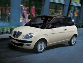 Lancia v Pa��i 2004