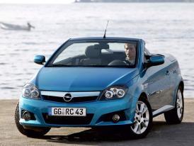 Opel v Ženevě 2004