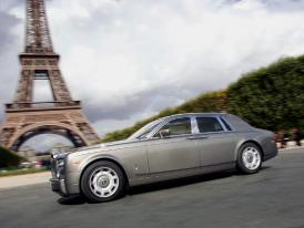 Rolls-Royce v Paříži 2004