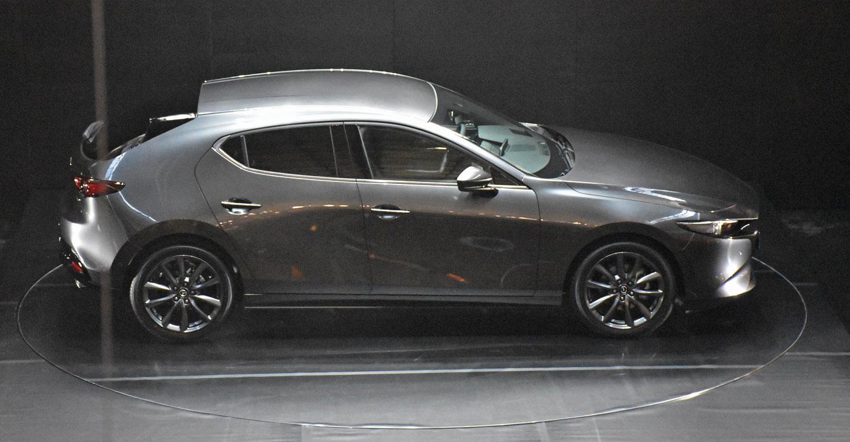 2018 - [Mazda] 3 IV - Page 17 Mazda_3_302_5c1279721d515
