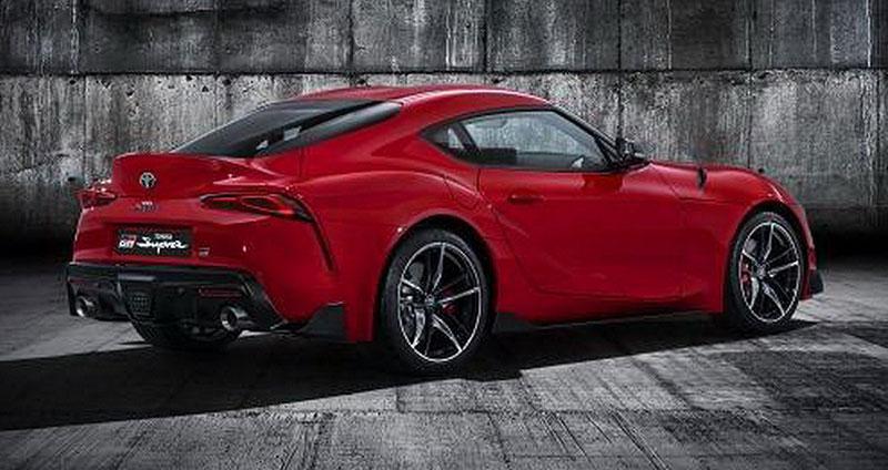 GALERIE  Nová Toyota Supra se odhalila na videu. Světu se oficiálně ... de51820195d